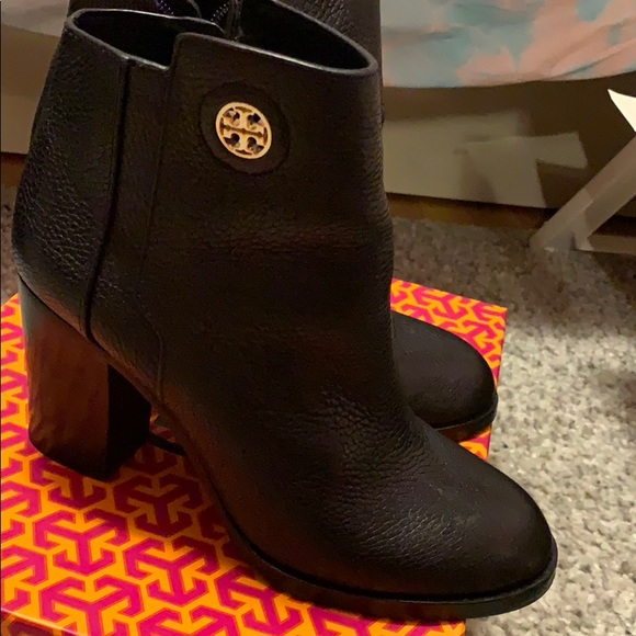 53e32184874d Toryburch Junction 85MM Bootie Tumbled leather. M 5be783be9539f742fb5c3f69